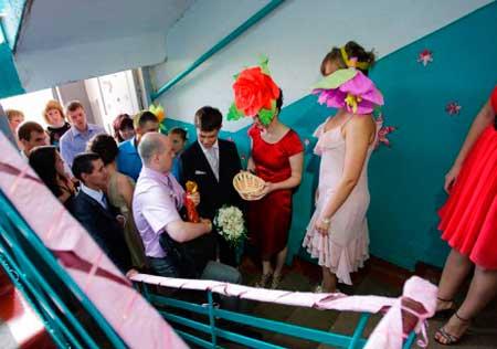Выкуп невесты подъезд