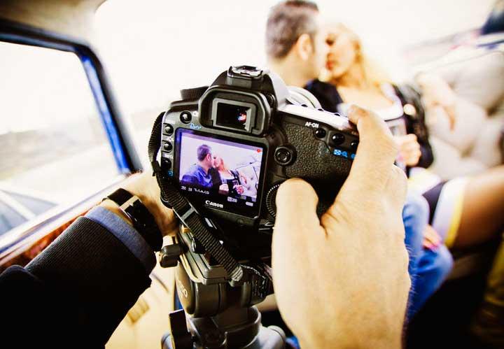 Съемка на камеру жениха и невесты