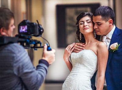 Как выбрать видеооператора на свадьбу?