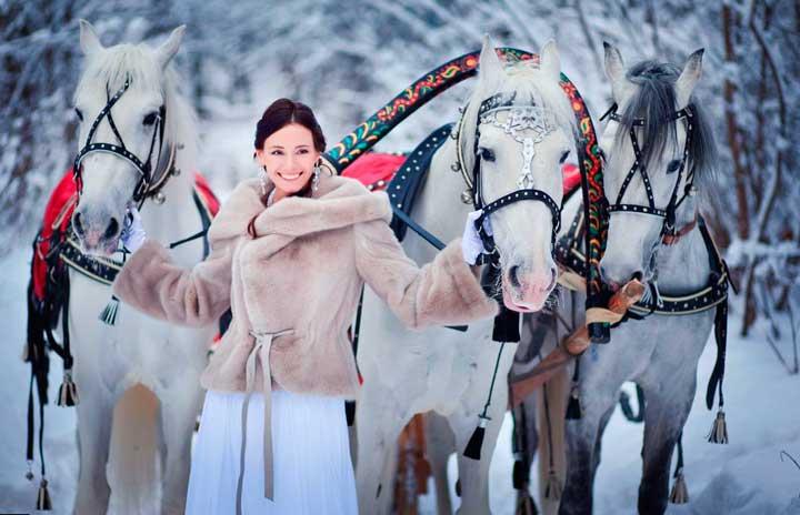 Свадьба в русском стиле с лошадьми