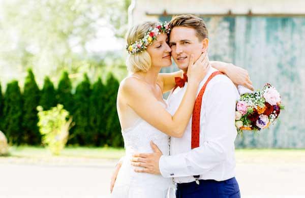 Венок на свадьбе в стиле диско