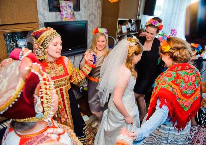 Красивые русские наряды на свадьбе