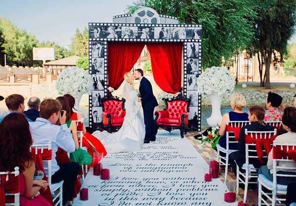 Свадьба в стиле оскар на улице