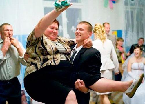 Сила жениха на выкупе свадебном