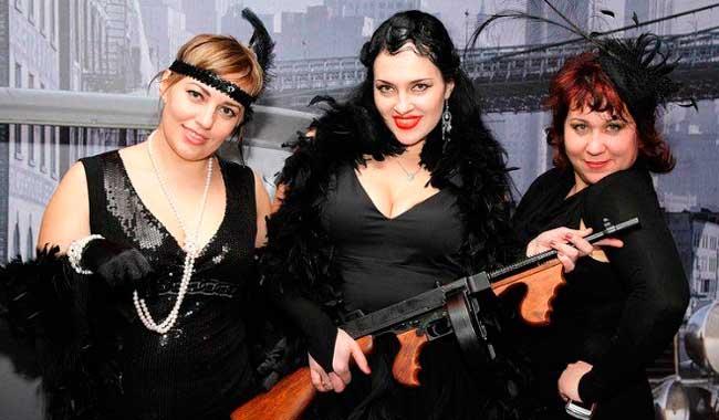 Подружки невесты в стиле мафии
