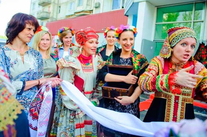 Русский выкуп с гостями жениха