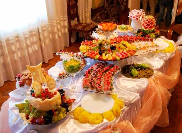 Свадебный стол в квартире