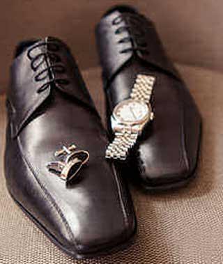 Ботинки и часы жениха