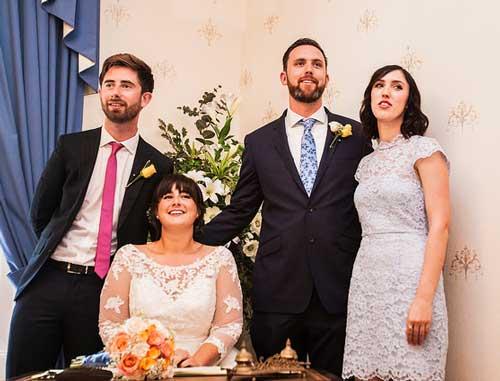 Бутоньерки у мужчин на свадьбе