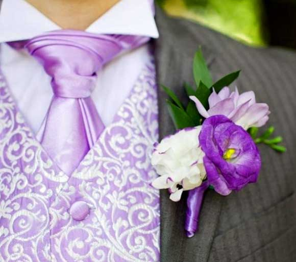Когда крепится бутоньерка на свадьбе