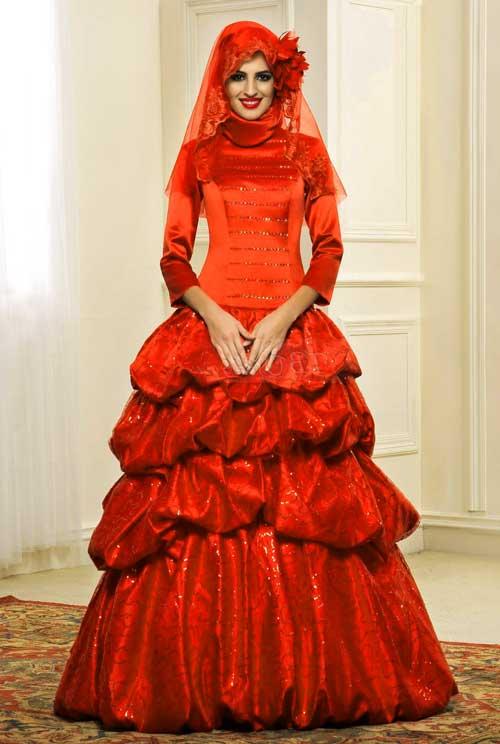 Красное платье масульманской свадьбы