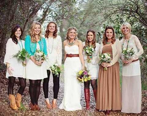 Лес и винтажные подружки невесты