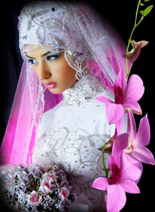 Бело фиолетовое платье