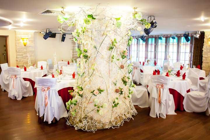 Оформление свадебного зала в стиле