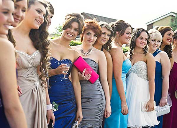 Как должны выглядеть подружки на свадьбе