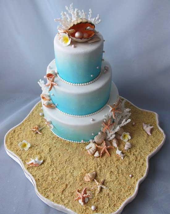 Красивый торт на жемчужной свадьбе