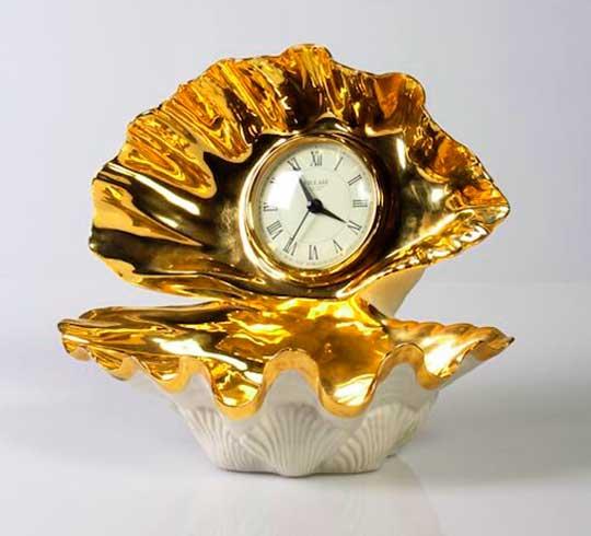 Часы жемчужина как подарок для родителей