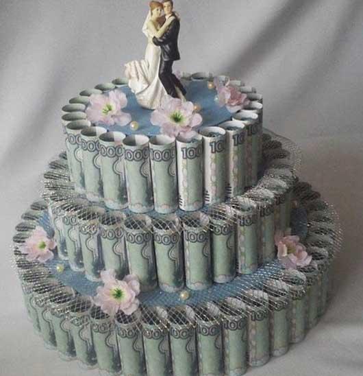 Делаем торт на свадьбу из денег