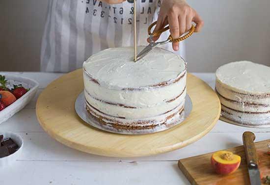 Фигурка на торте