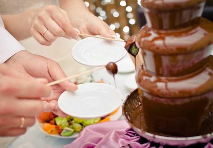Как сделать шоколадный фонтан на свадьбуу