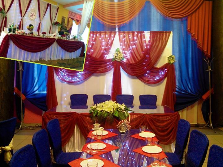 Свадебныей зал в бордовом цвете