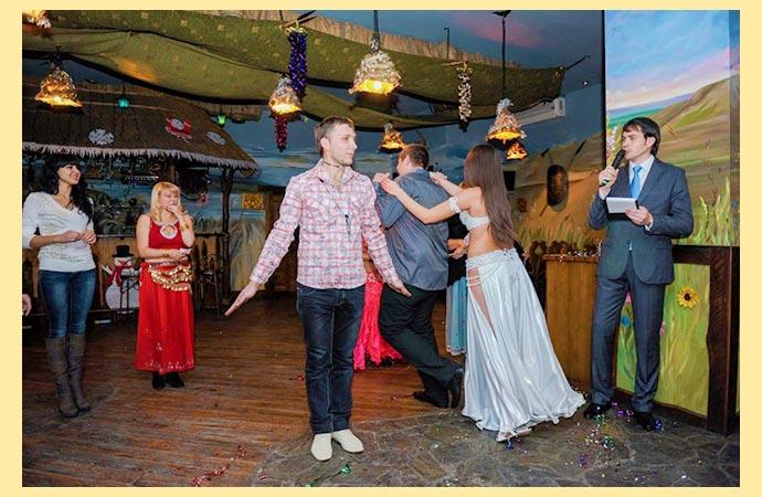 Свадебные ведущий и танцы