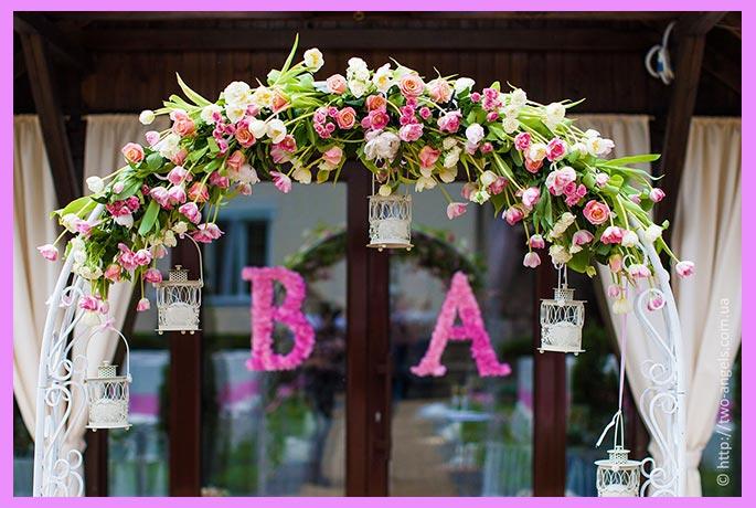 Арка свадебная с тюльпанами