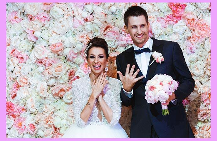 Молодожены и пионовая свадьба