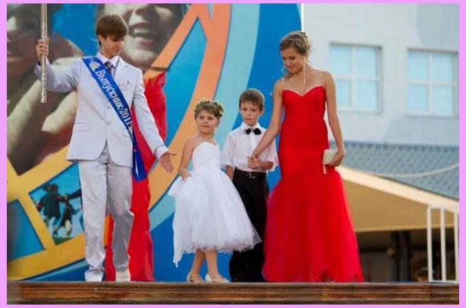Свадебная одежда в стиле алые паруса