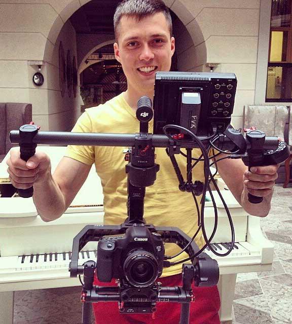 видеооператор-свадьба-видео-камера-на-свадьбу-спб