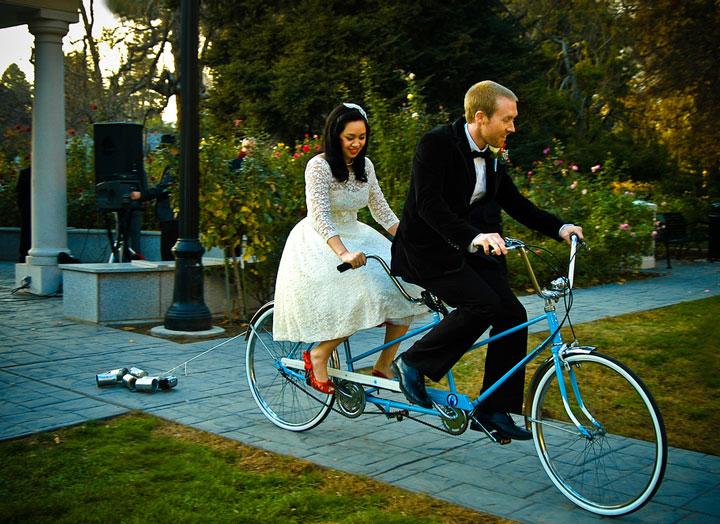Постановка свадьбы на велосипеде