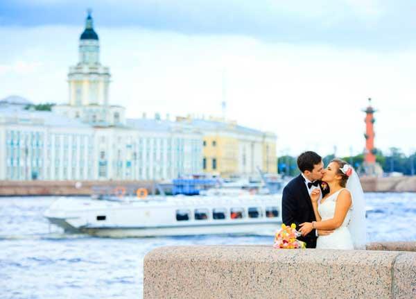 Фото и видеосъемка свадебной прогулки