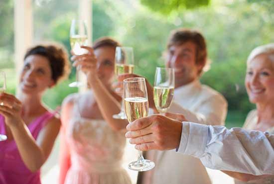 Съемка ярких свадебных моментов на видео