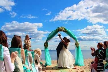 Выездная регистрация брака в Спб
