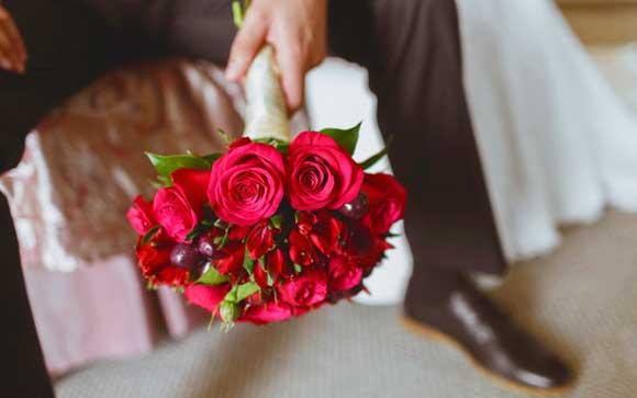 Букет невесты на вешневой свадьбе