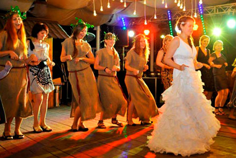 Подружки невесты и их конкурс