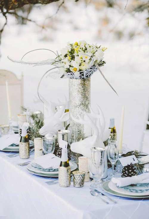 Стол на зимней свадьбе