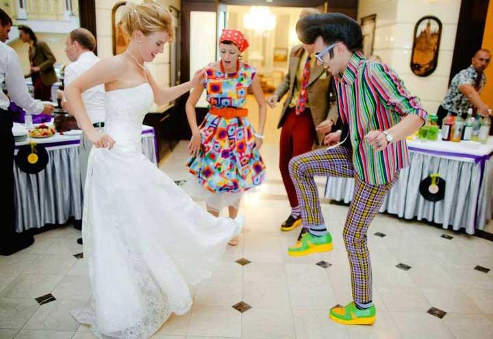 Танцпол на свадьбе в стиле восьмедисятых