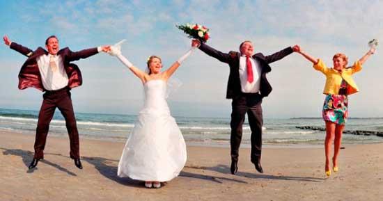 Прикольная свадьба со свидетелями