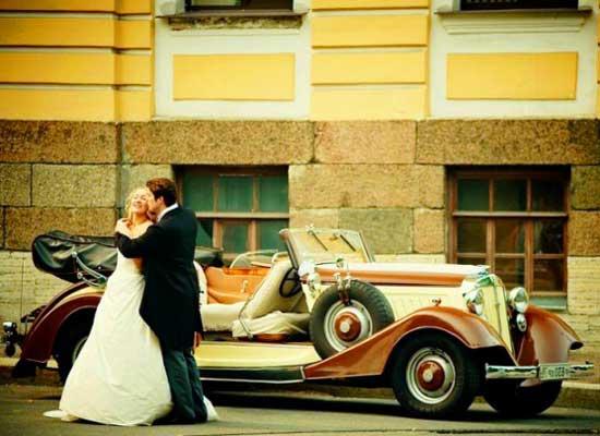 Винтажный свадебный кортеж