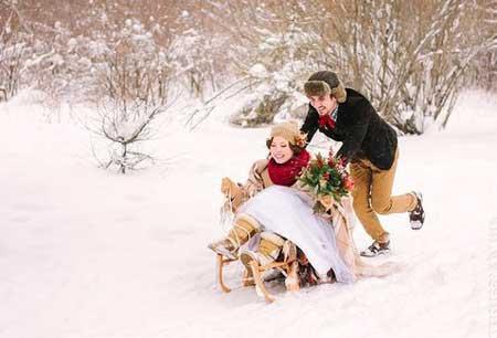 Как отлично выглядеть на свадьбе зимой