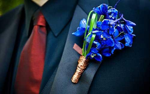 Голубая бутоньерка на свадьбу