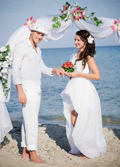 Свадебная арка на песке