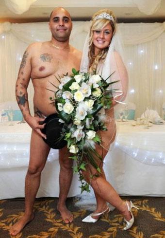 Обнаженная свадьба