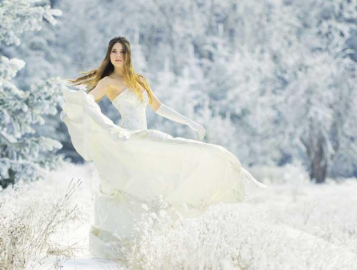 Платье и хорошая прическа невесты