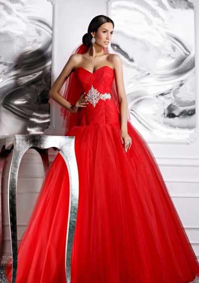 свадебное-красное-платье.