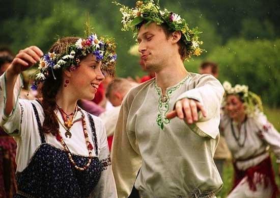 Венки на русско-народной свадьбе