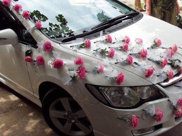 цветочные гирлянды на автомобиль