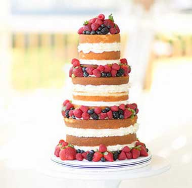 Ягодный свадебный торт