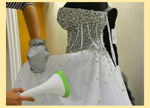 Отпаривание свадебного платья